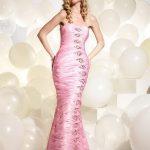 balık kesimli pembe renkli gece elbisesi