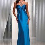 boyundan bağlamalı mavi gece elbisesi