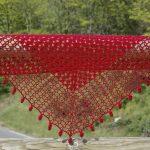 kırmızı basit örgü şal modeli