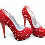 kırmızı su damlası desenli abiye ayakabı modelleri