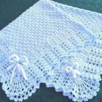 mavi tığ işi örgü bebek battaniyesi