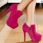 pembe topuklu süet ayakkabı