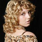 sık dalgalı saç modeli