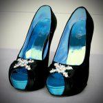 siyah renk taşlı ayakkabı modeli