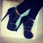 siyah süet zımbalı bot ayakkabı