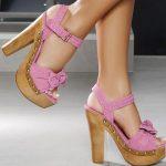 tahta topuklu pembe süet bilekten bağlamalı ayakkabı