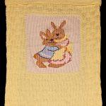 tavşanlı örgü bebek battaniyesi