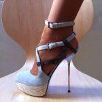 uçuk mavi süet çapraz bağcıklı platform topuklu ayakkabı