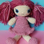 amigurumi lila elbiseli bebek modeli