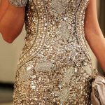 bej işlemeli mini gece elbisesi modeli