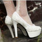 beyaz güpürlü gelinlik ayakkabısı trend