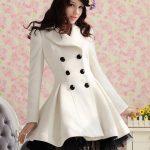 beyaz kışlık bayan kaban modelleri
