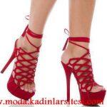 kırmızı deri platformlu ayakkabı modeli