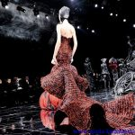 kırmızı siyah gece elbisesi modeli