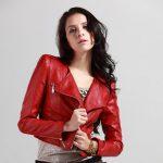 kırmızı spor deri ceket modeli