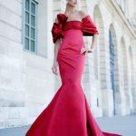 kırmızı straplez balık model gece elbisesi modeli