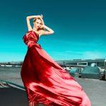 kırmızı straplez gece elbisesi modeli