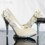 krem güllü taşlı ayakkabı modeli