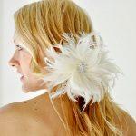 krem tüylü saç tokası modeli