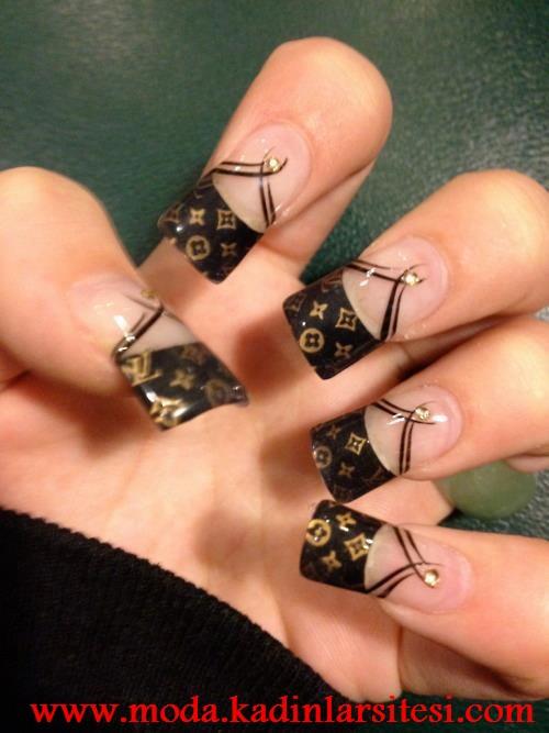 Ногти с дизайном louis vuitton