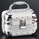 metal makyaj çantası yeni