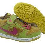 nike yeşil tüylü spor ayakkabı modeli