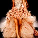pembe sıra dışı elbise modeli