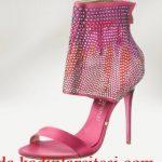 pembe taşlı ayakkabı modeli