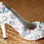 renkli taşlı gelinlik ayakkabı modeli