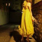 sarı gece elbisesi modeli