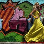 sarı saten gece elbisesi modeli