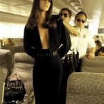 siyah dekolteli mini gece elbisesi modeli