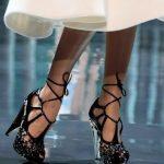 siyah taşlı ayakkabı modeli