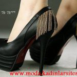 siyah zincirli ayakkabı modeli