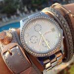 taşlı metal kordonlu saat modeli