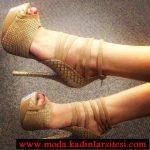 bej yılan derisi ayakkabı modeli