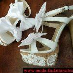 beyaz fiyonk detaylı ayakkabı modeli