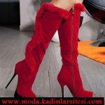 kırmızı kürklü çizme modeli