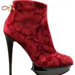 kırmızı kadife bot modeli