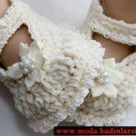 krem beyaz şık bebek patik modeli