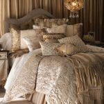 krem dore yatak örtüsü modeli