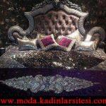 mor işlemeli yatak örtüsü modeli