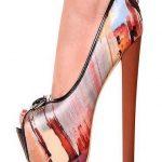 pastel tonlarında şık ayakkabı modeli
