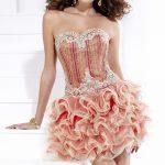 pudra pembesi gece elbise modeli