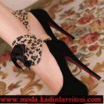 siyah bilekli şık ayakkabı modeli