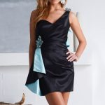 siyah saten gece elbise modeli