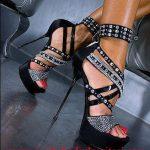 siyah taşlı zımbalı ayakkabı modeli
