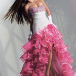straples göğüs dekolteli gül motifli bayan elbiseleri