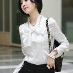 beyaz saten volanlı fiyonk detaylı gömlek modeli