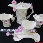 lila çiçekli çay takımı modeli